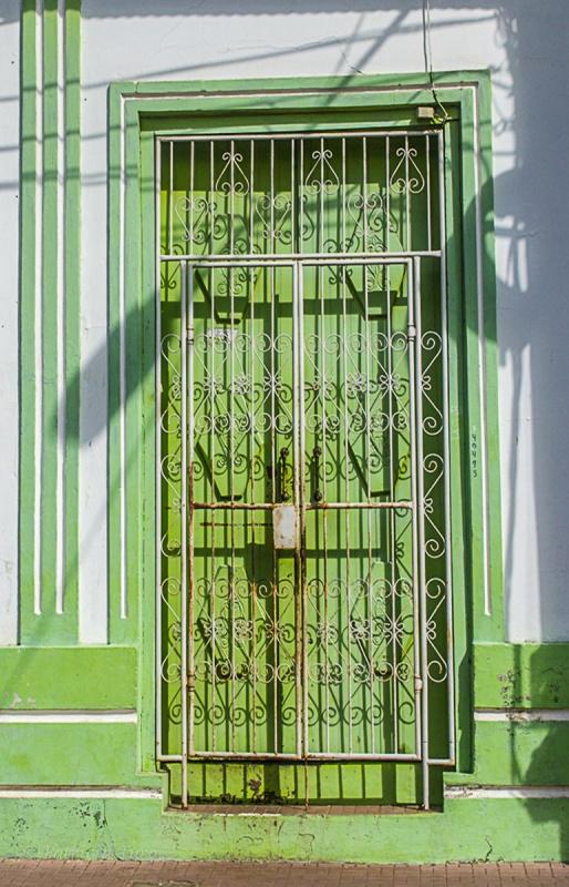 Doors 28